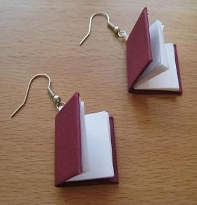 578px_Book_earrings_28