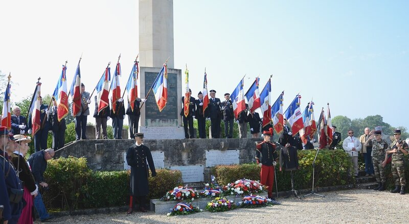 ceremonie_stele_vassincourt2014__4____Copie