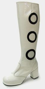 white_patent_60s_twiggy_knee_boots