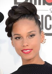 Alicia-Keys-Trendy-Braided-Updo-Hairstyles-2013