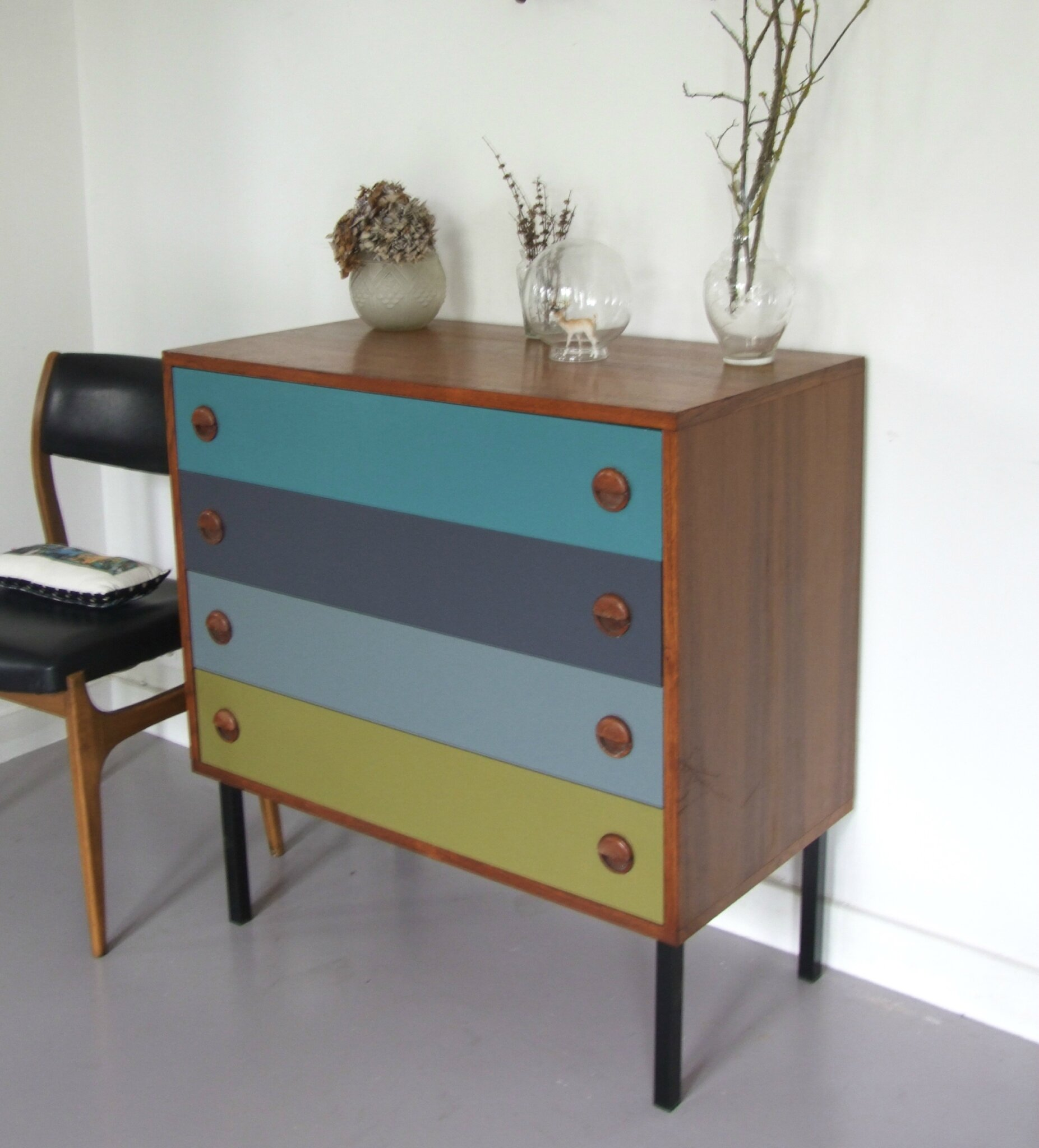 Commode scandinave tous les messages sur commode for Retro meuble