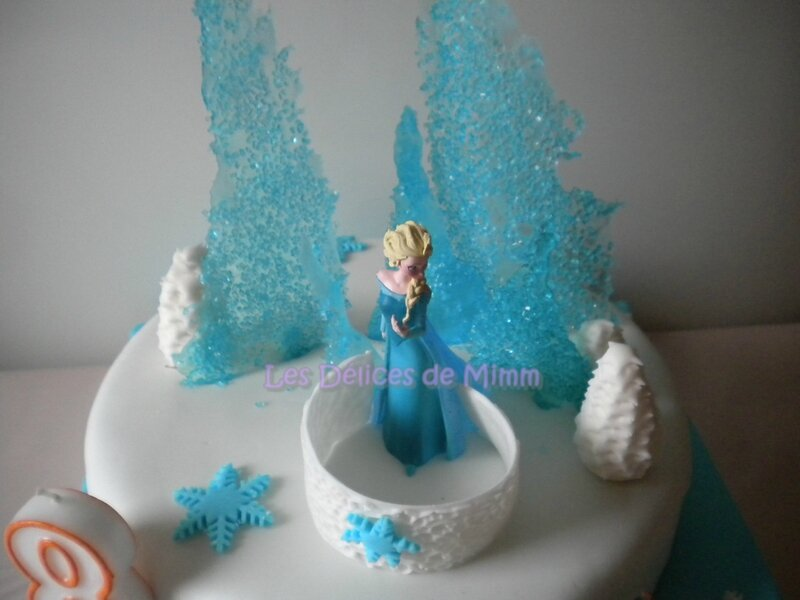 g teau la reine des neiges frozen cake les d lices de mimm. Black Bedroom Furniture Sets. Home Design Ideas