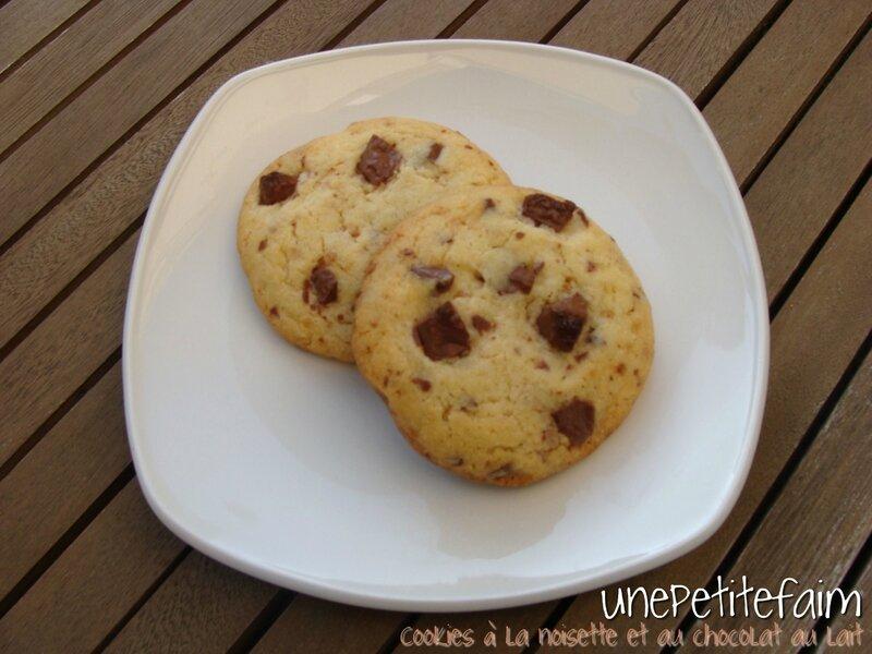 Cookies noisette et chocolat au lait