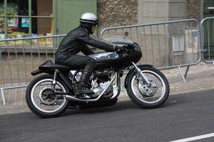 Moto Triton Didier