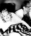 1957_08_10_NY_leave_hospital_fausse_couche_034_010_1
