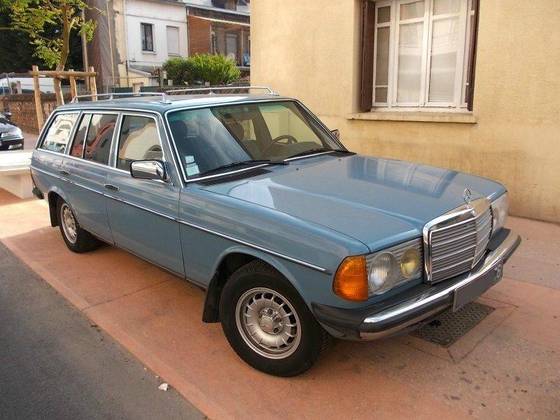 Mercedes240TDav1