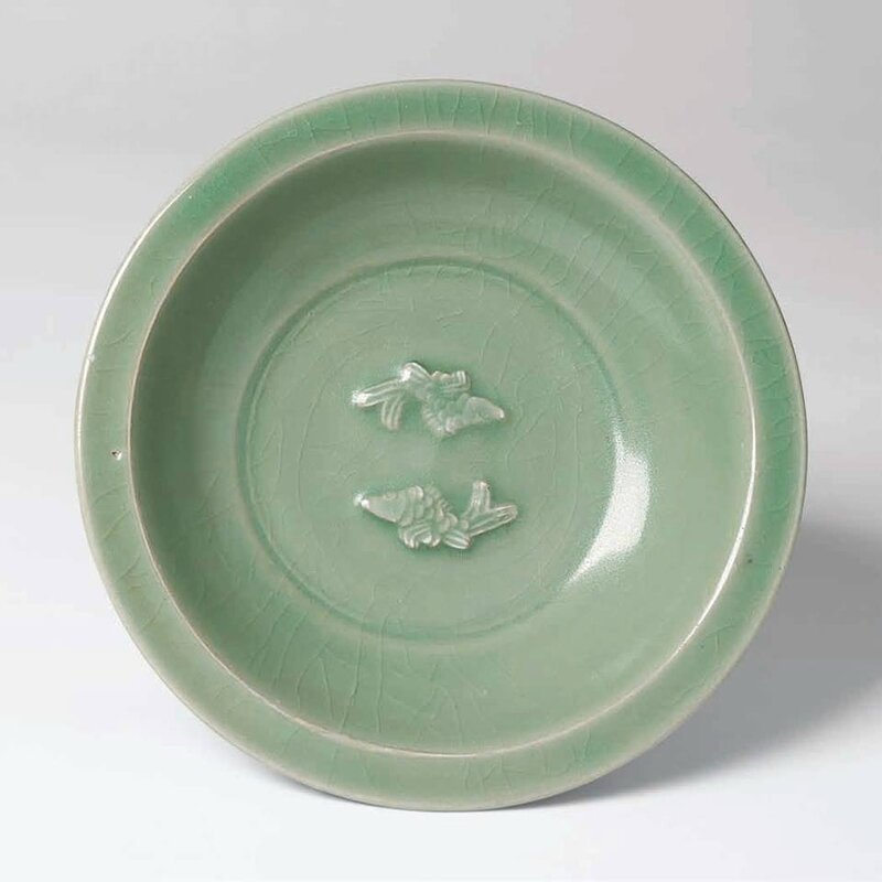 Large Longquan Celadon Bowl with Twin Fish Appliques, Southern Song – Yuan Dynasty, 13th-14th century