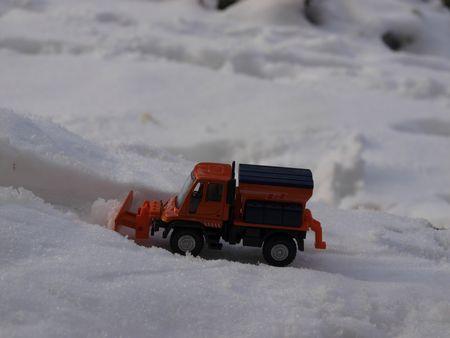 Unimog U400 Chasse neige (2)