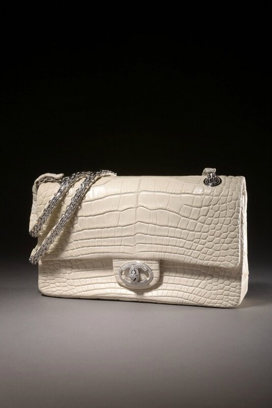 "Chanel. Exceptionnel sac ""Diamond Forever"" en alligator blanc cassé mate"