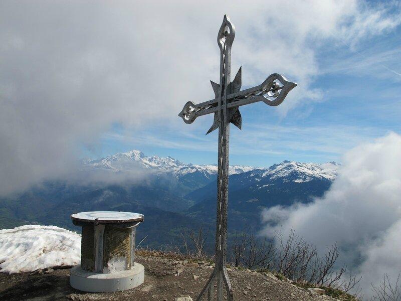 Le Mont-Blanc entre Croix et table d'rientation...