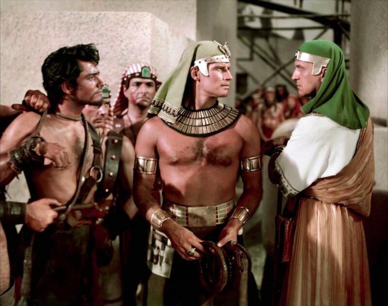 MoÏse l'Égyptien, entre Josué et Baka