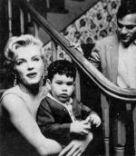 1956-03-03-BeverlyGlenBoulevard-press_party-062-2