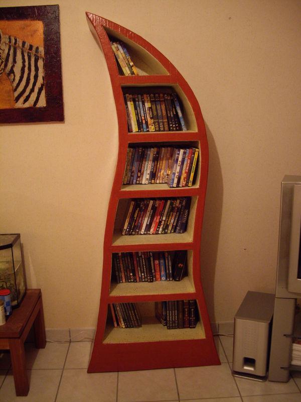 Flammèche : meuble DVD ou autres - Le monde en Carton