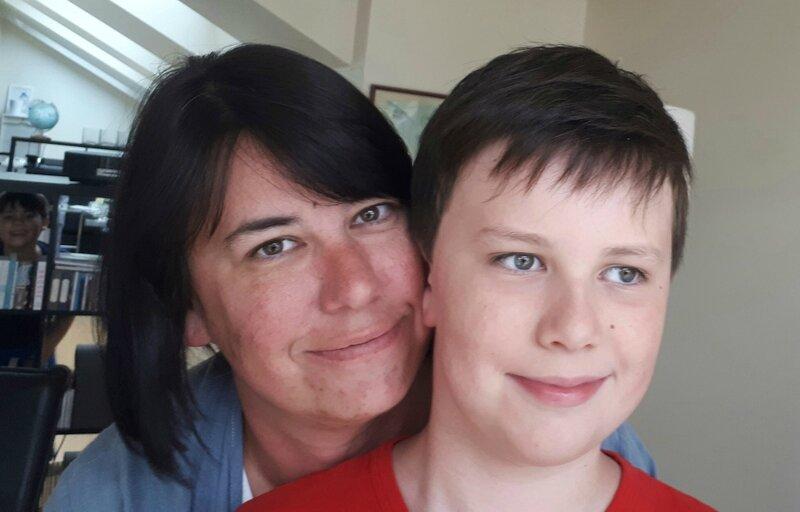 jeanne-marie-fils-max-10-ans-souffre-autisme-doannee-obtenir-accompagnement-temps-plein
