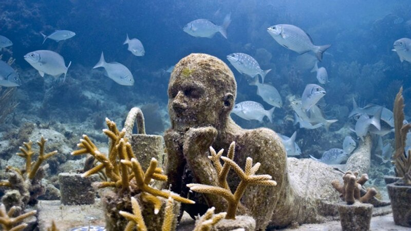 Under-water-museum-Mexico-cancun-4-1024x576