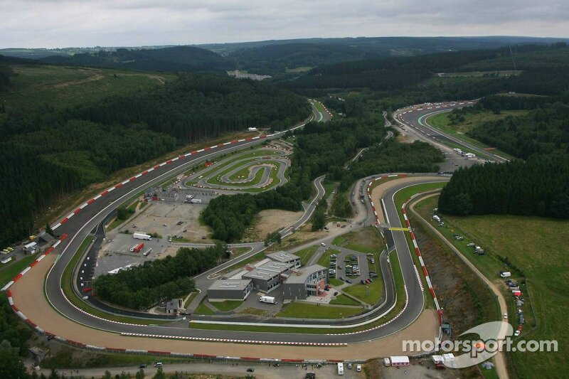 bss-spa-24-2008-aerial-view-of-spa-francorchamps-on-sunday