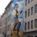 Bruxelles - Autre caractéristique les murs de bd