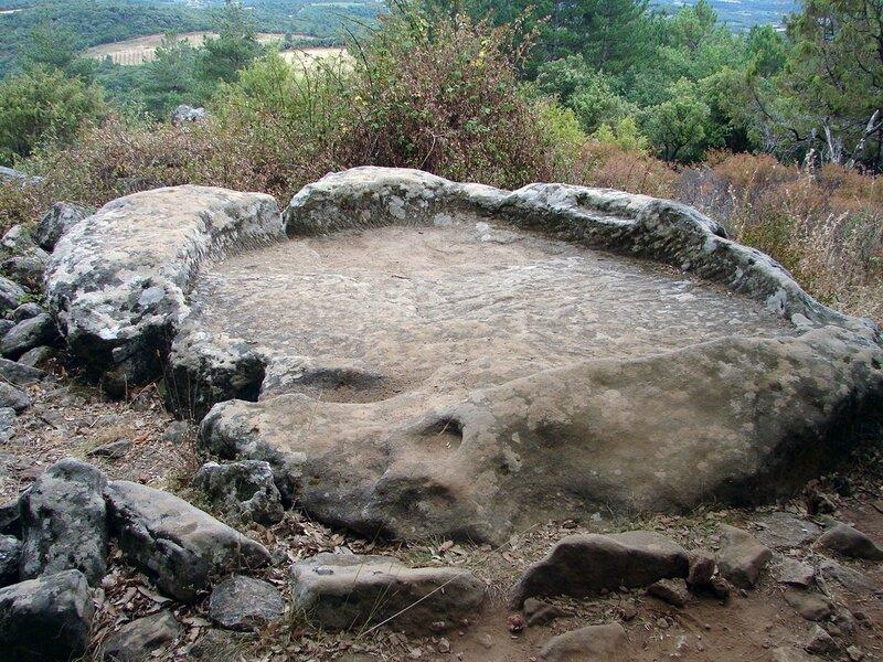 Saint-Michel de Grandmont ensemble mégalithique 8