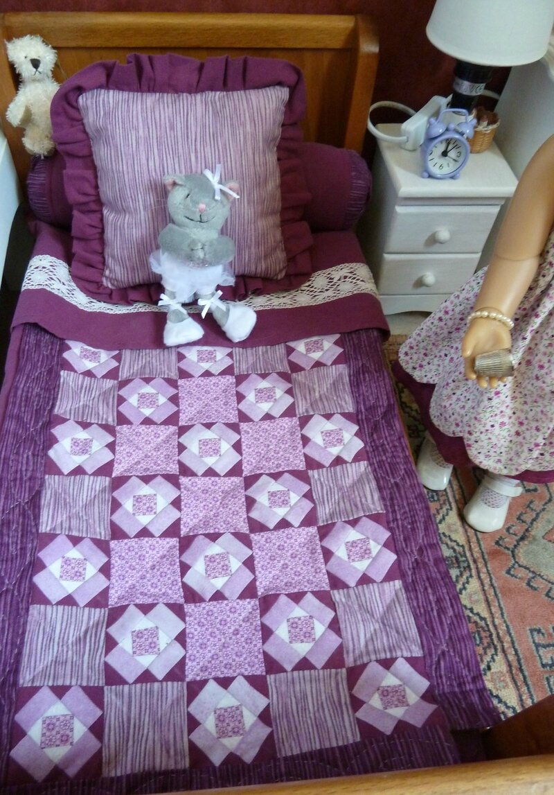 16 DOLL QUILT