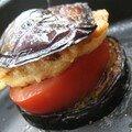Mille-feuilles de chèvre pané, aubergine, tomate