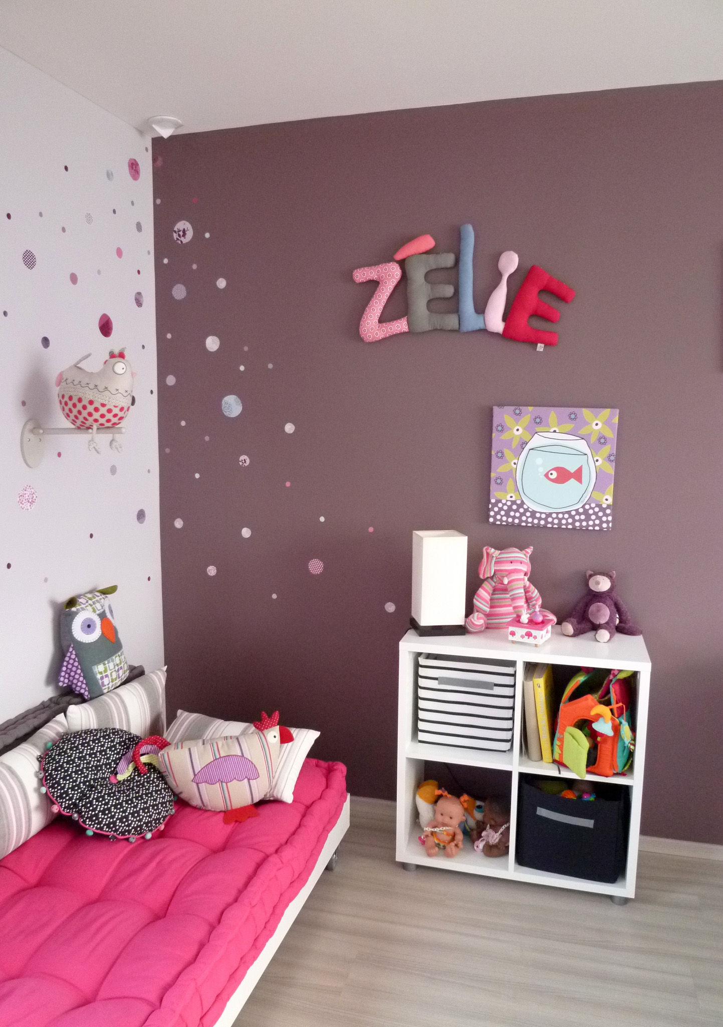 zelie prenom en tissu chambre d 39 enfant prenom decoratif lettre en tissu photo de les pr noms. Black Bedroom Furniture Sets. Home Design Ideas