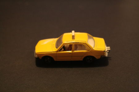266_Renault_18_Taxi_01