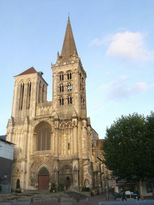 voici la cathédrale.