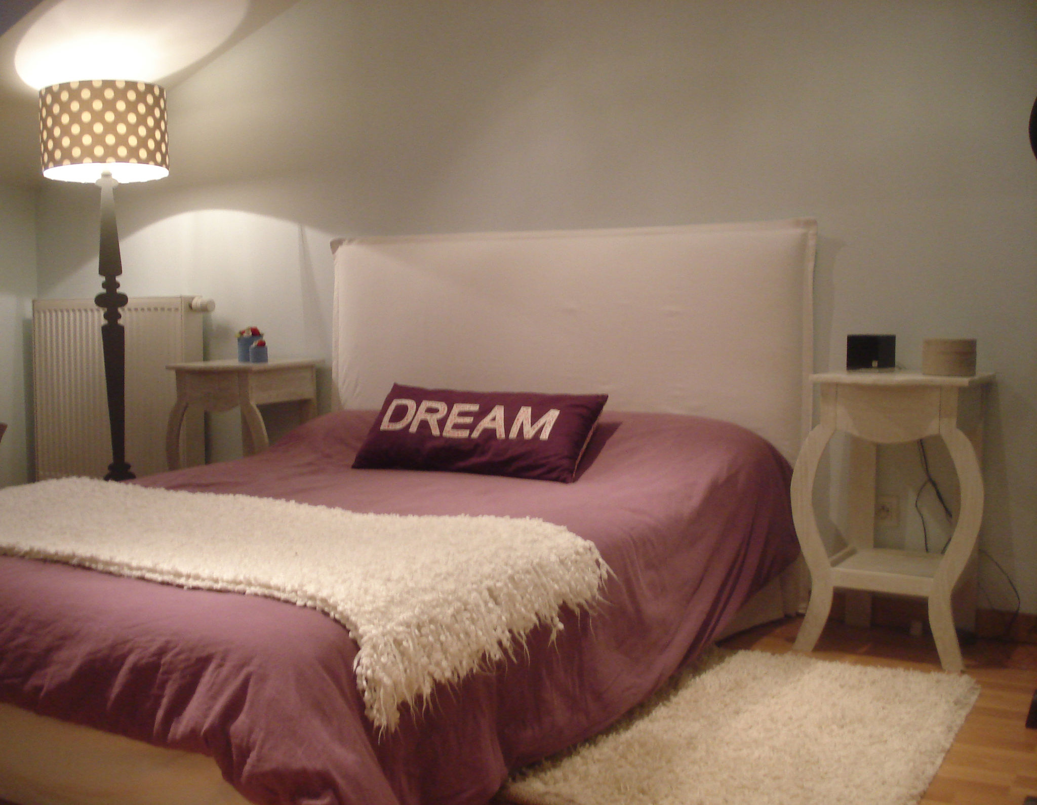 ma t te de lit le blog de b a. Black Bedroom Furniture Sets. Home Design Ideas
