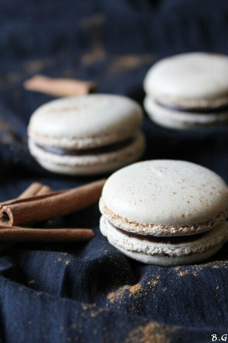 Macarons chocolat cannelle-bouilles gourmandes