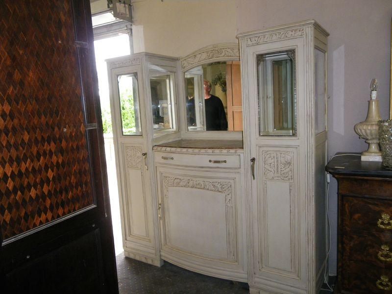 buffet vitrine rechampi epoque art deco 650 euros antiquites alain darracq. Black Bedroom Furniture Sets. Home Design Ideas