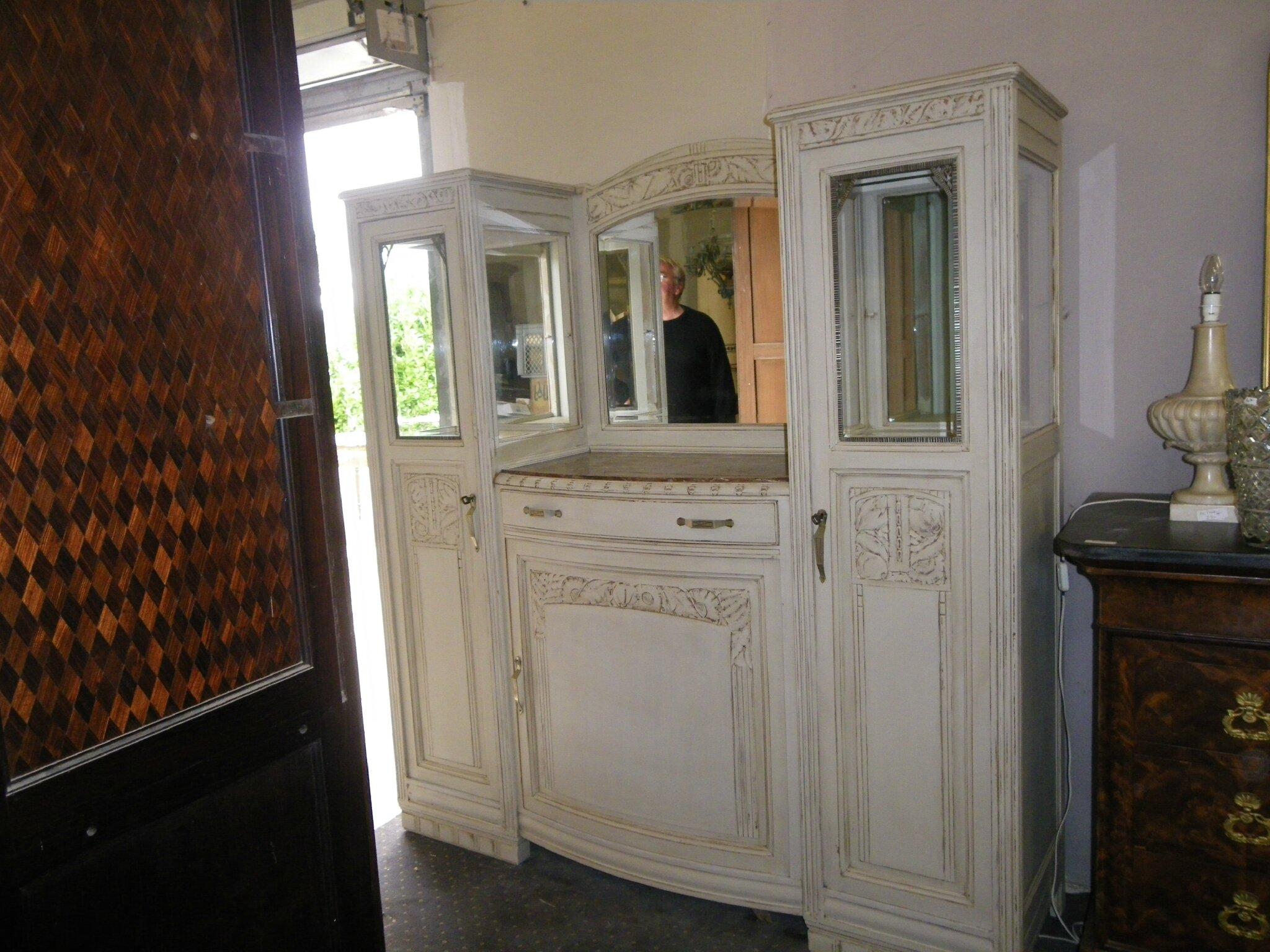 buffet vitrine rechampi epoque art deco 650 euros antiquites alain darracq. Black Bedroom Furniture Sets. Home Design Ideas