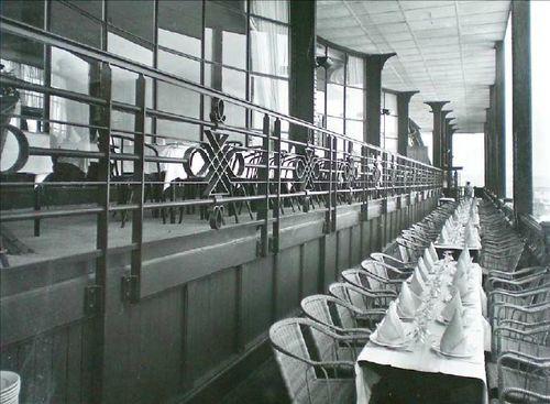 Premier étage Tour Eiffel 1937