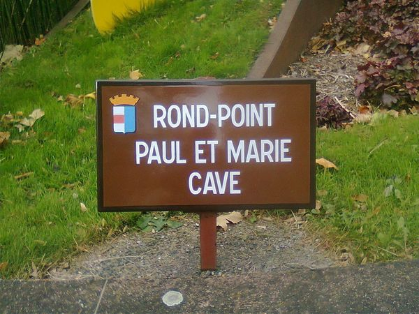 rond-point Cave 1