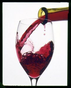 red_wine_pour2