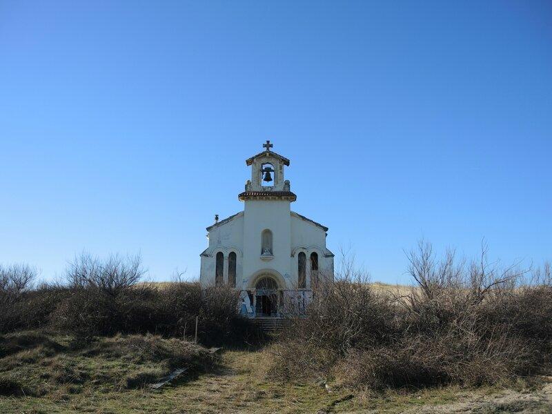 Labenne-Océan, chapelle Sainte Thérèse, façade, dune (40)