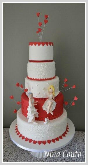 wedding cake nina couto rouge et blanc1