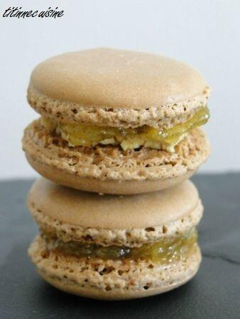 Macarons au foie gras et compotée d'ananas
