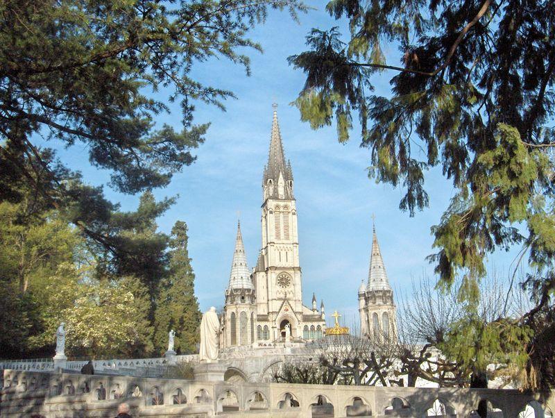 Lourdes, la Basilique de l'Immaculée Conception