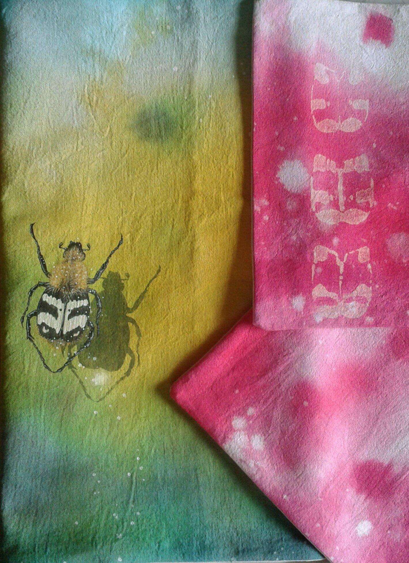 tête de lit rhubarbe et trichie fasciée, détail des coussins
