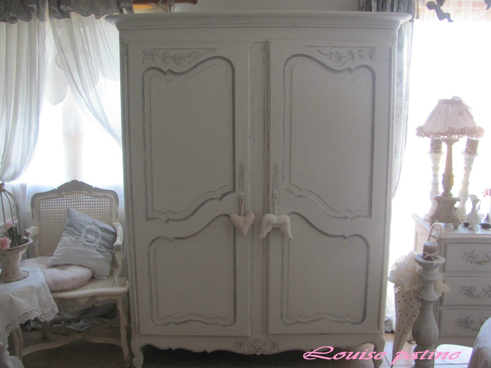 armoire louis xv commode et chevets louise patine. Black Bedroom Furniture Sets. Home Design Ideas