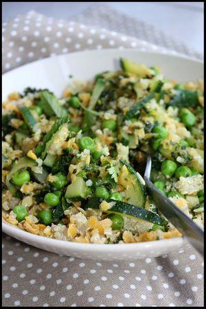quinoa lentilles corail aux légumes et pesto d'herbes