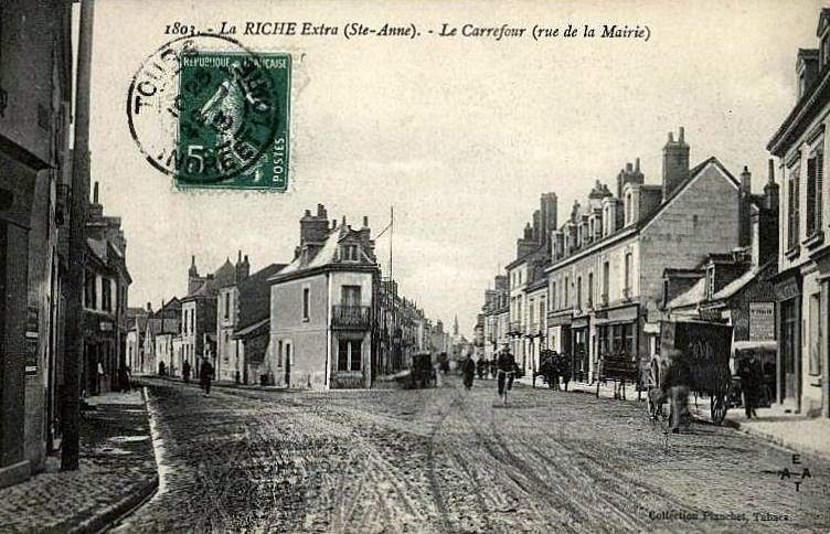La Riche Place Ste Anne