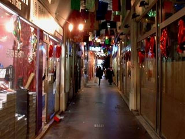 9 - Passage Couvert Ponceau - 212 rue St denis - 119 Bld Sébastopol