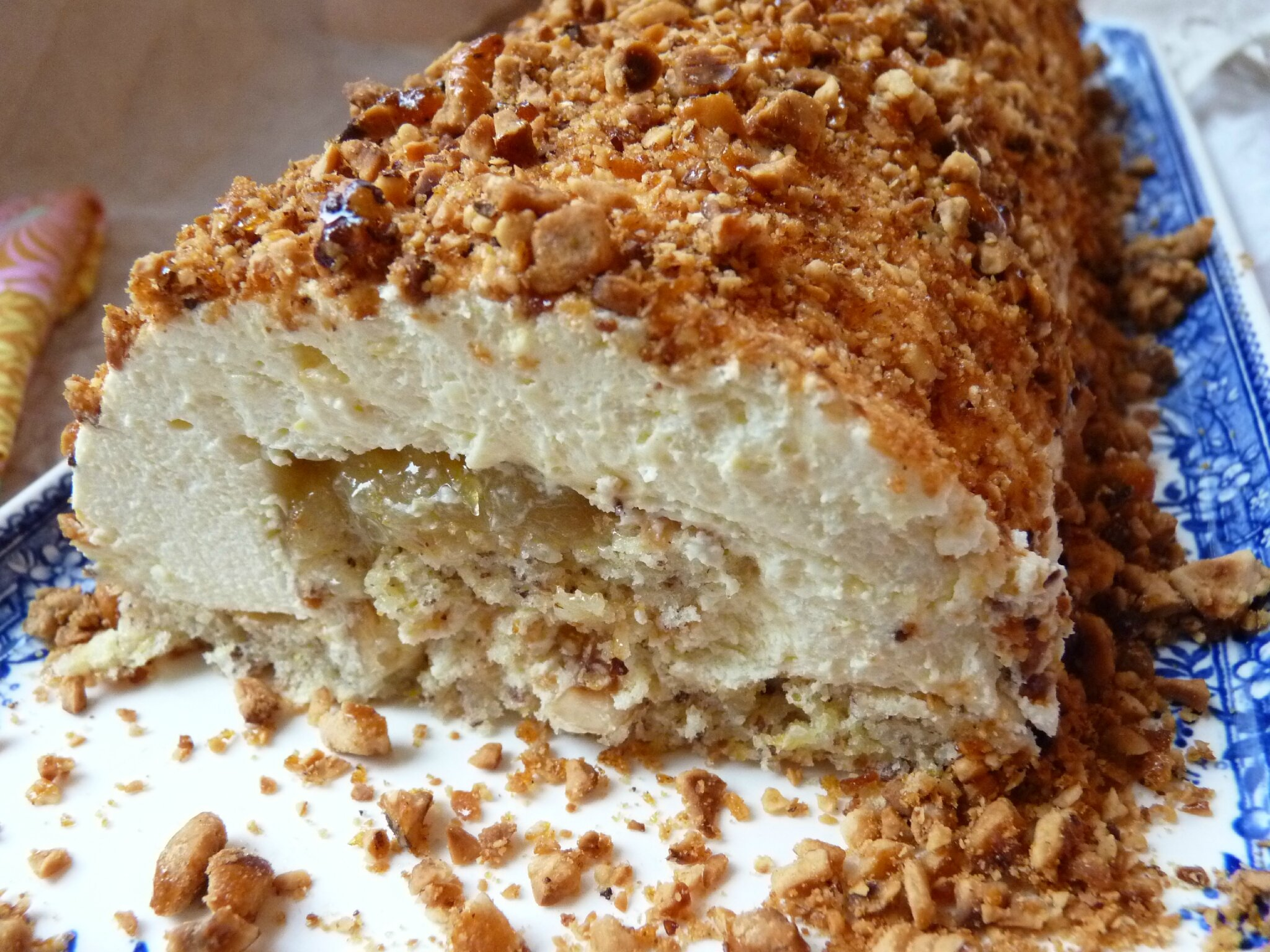 cake pecan roll cake with praline mousse cake with pecan praline pecan ...