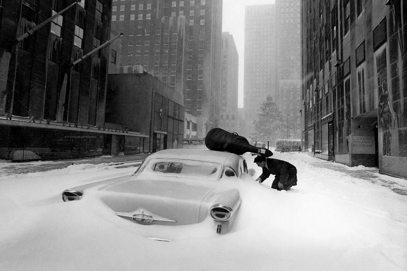 Robert Doisneau Snow in New York City 1960