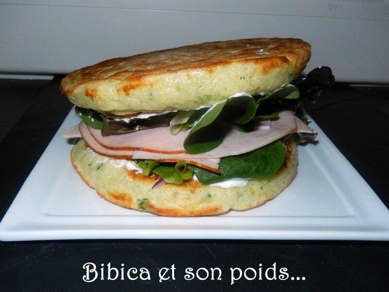 Sandwich blinis _ la dinde