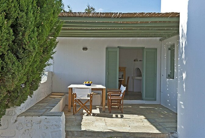modern_vacation_rentals_paros_greece_007
