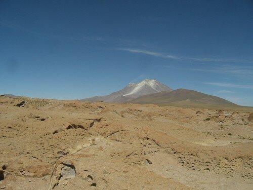 Volcan actif, sur la route