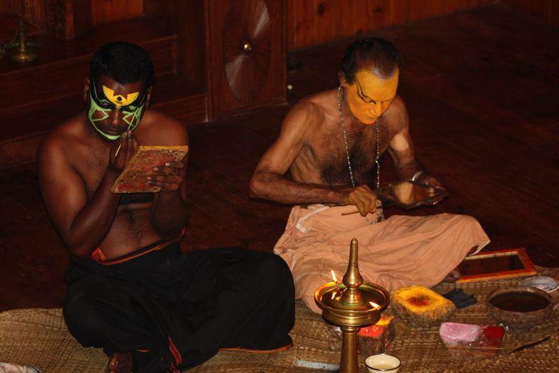 Maquillage pour Kathakali (4)