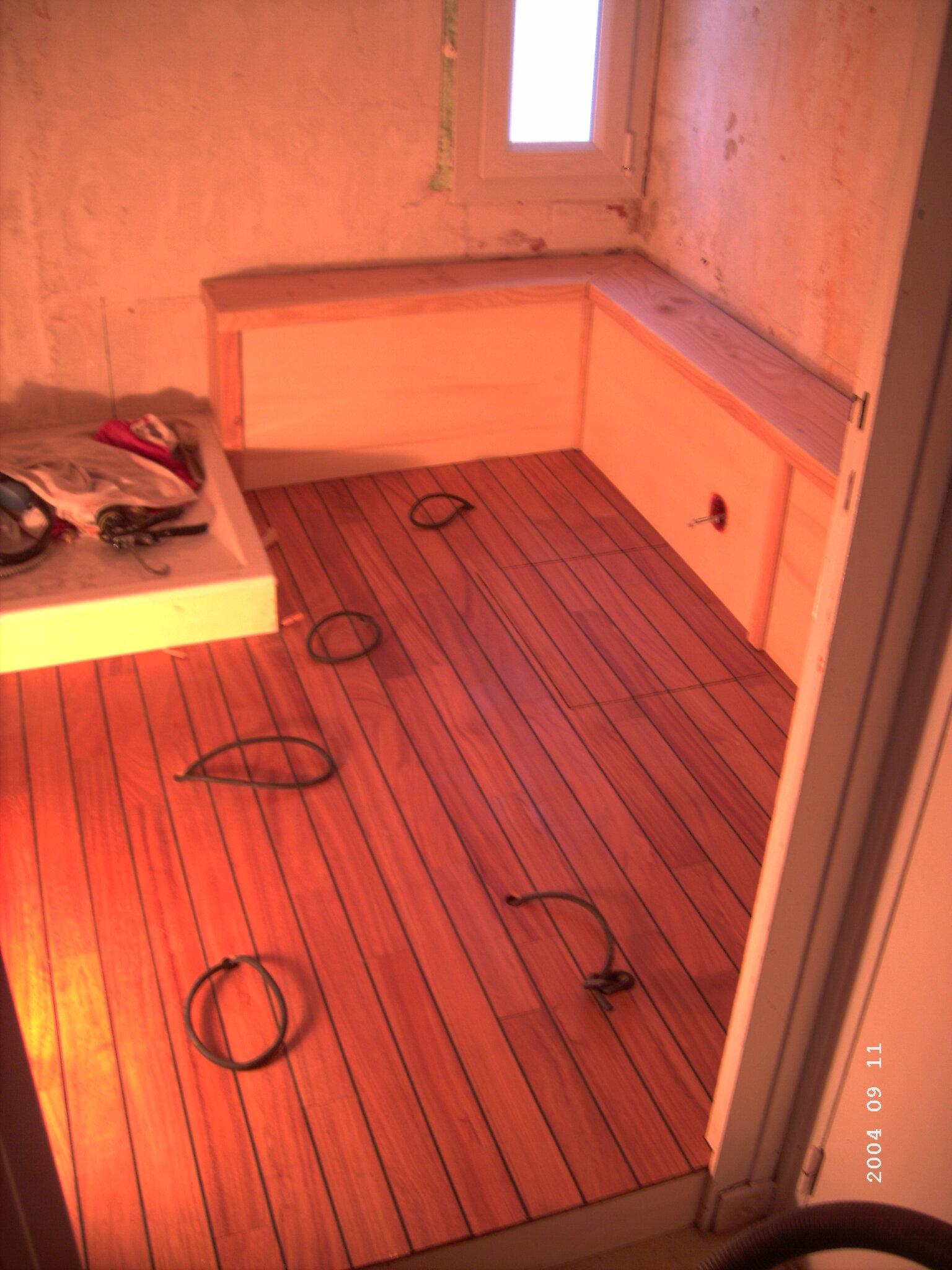 Peinture Salle De Bain Mr Bricolage ~ r novation d une salle de bain parquet en pont de bateau pisi